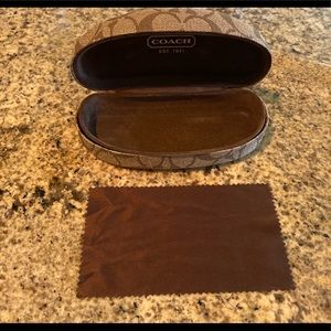 Coach sunglass case and cloth
